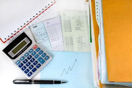 Les livres comptables et les registres sociaux obligatoires