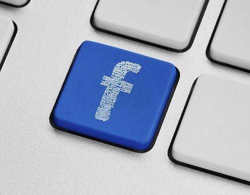 Facebook au bureau