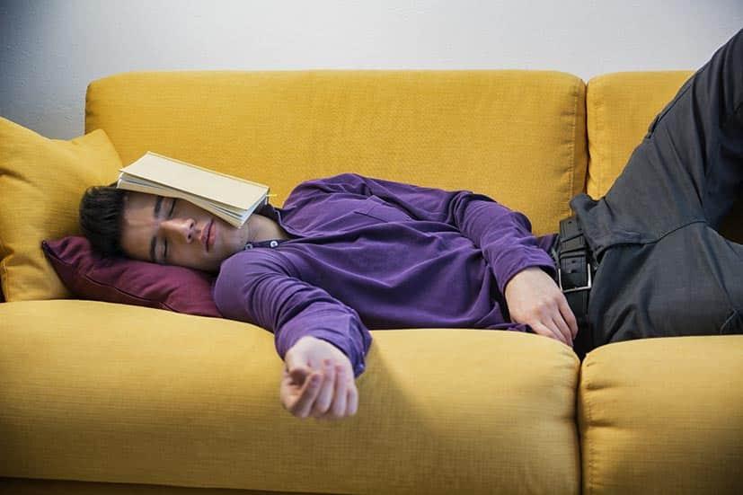 8 Conseils pour bien se reposer après le travail