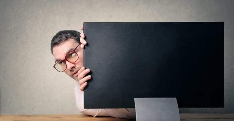 Peut-on réussir quand on est geek et asocial ?