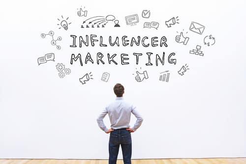 Comment collaborer avec des influenceurs ?
