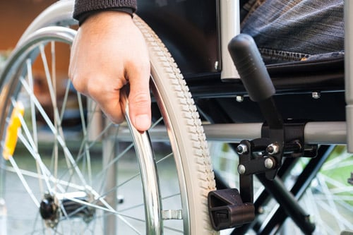 Embaucher un travailleur handicapé : obligations et aides