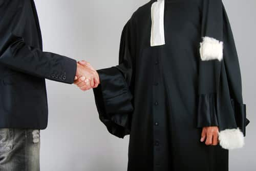 5 questions à poser avant d'embaucher un avocat