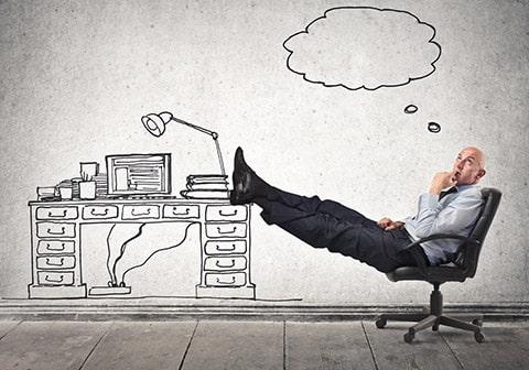 Travailler seul ou avec des salariés ?