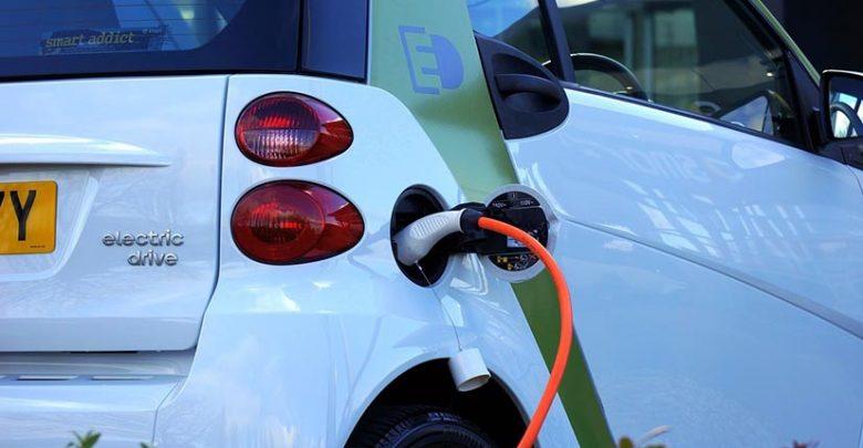 La voiture électrique révolutionne le secteur de l'automobile