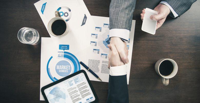 Entreprendre en solitaire ou s'associer ?