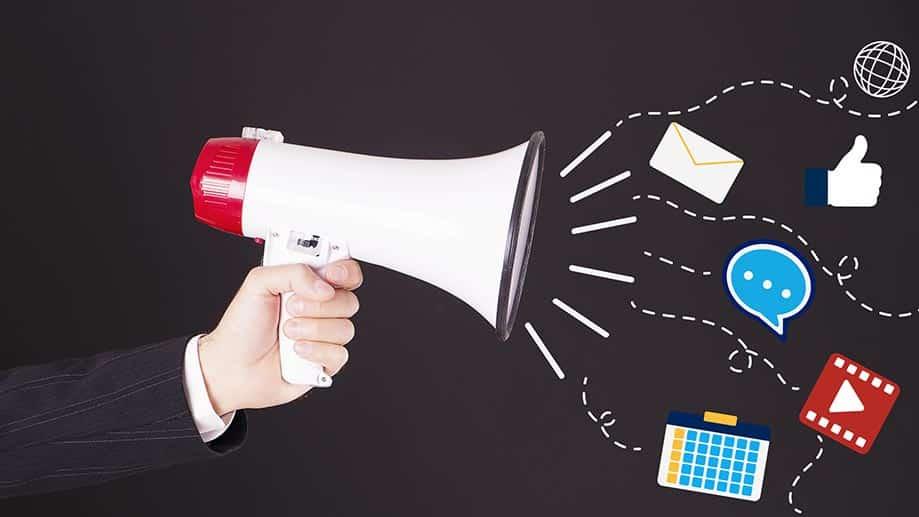 Les moyens de communication traditionnels