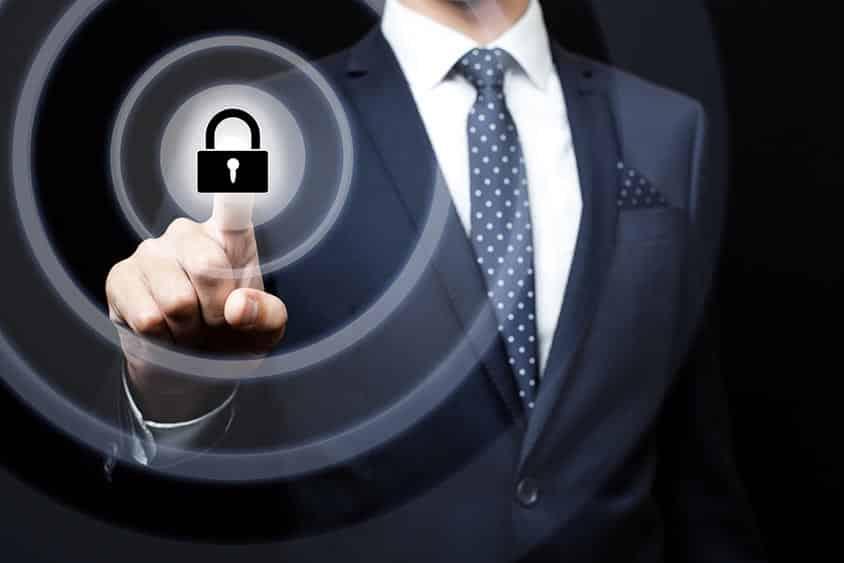 Faut-il encore investir dans les antivirus pour protéger ses données professionnelles ?