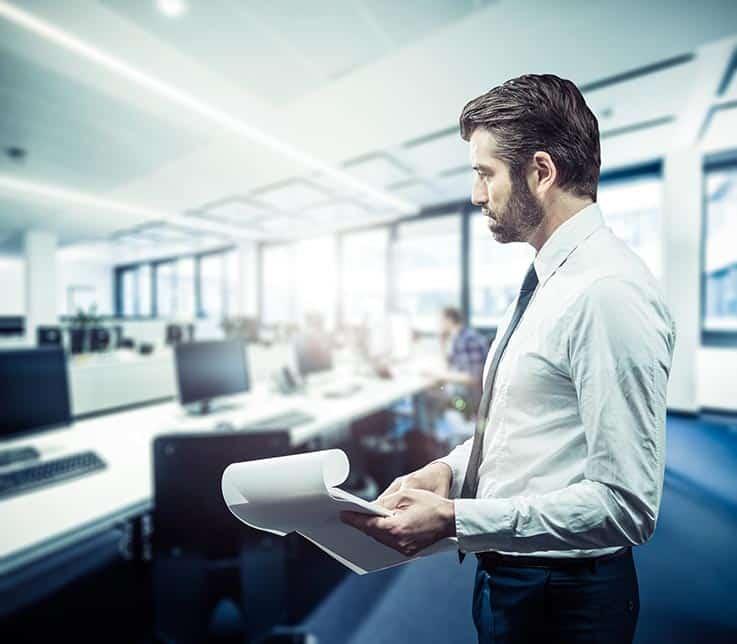 Est-il nécessaire de se rendre au bureau en tant que dirigeant ?