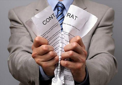 Comment résilier un contrat d'assurance avec les lois Hamon et Chatel ?