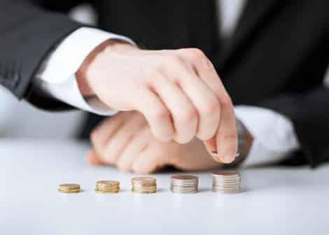 Coupe budgétaire ou optimisation financière : quelle vision adopter ?