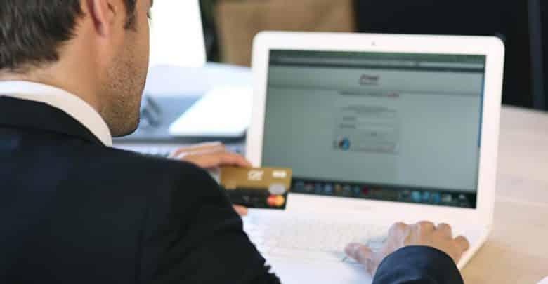 4points clés à prendre en compte lorsqu'on commercialise sur internet