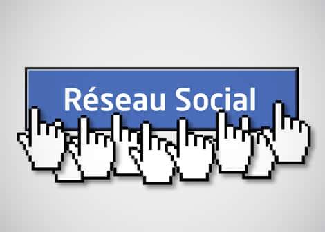 Les réseaux sociaux: à manier avec tact