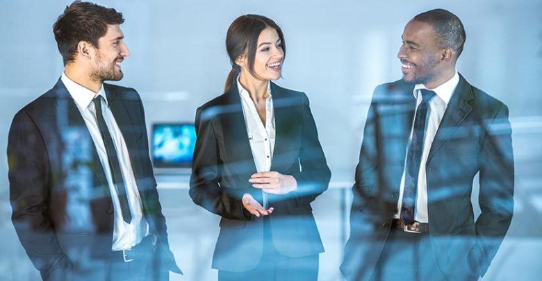 Peut-on imposer le port d'une tenue au travail ?