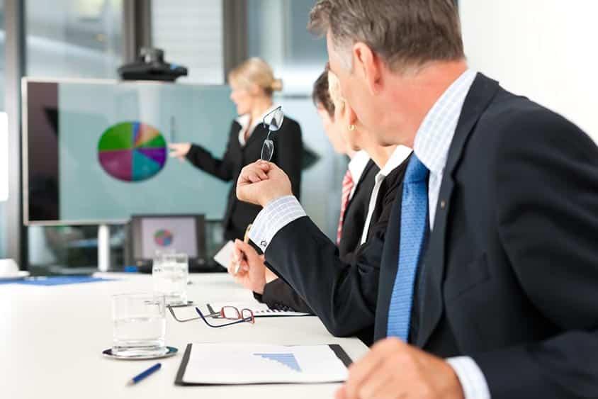 Comment captiver l'attention du client lors d'une présentation commerciale ?